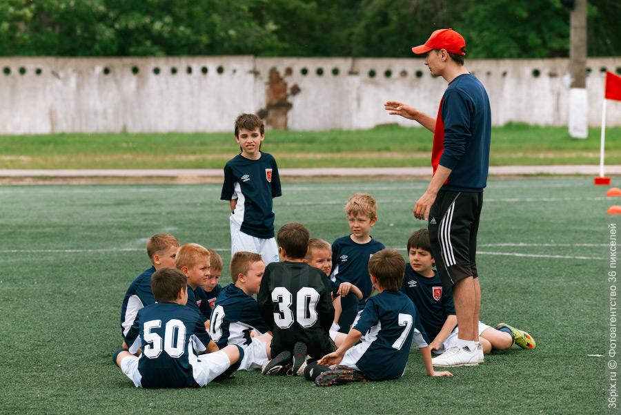 Детский футбольный тренер картинки