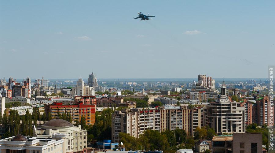 Пролет Су-34 9 мая над Воронежем