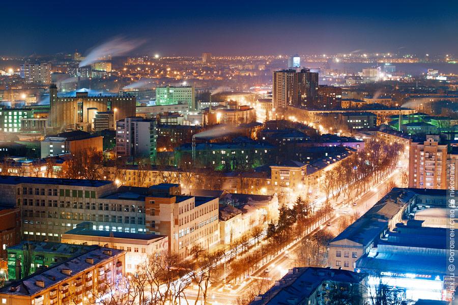 Центр Воронежа ночью