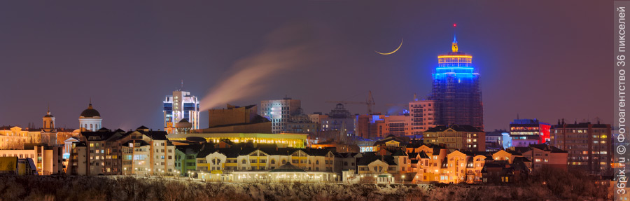 Молодая Луна над Воронежем